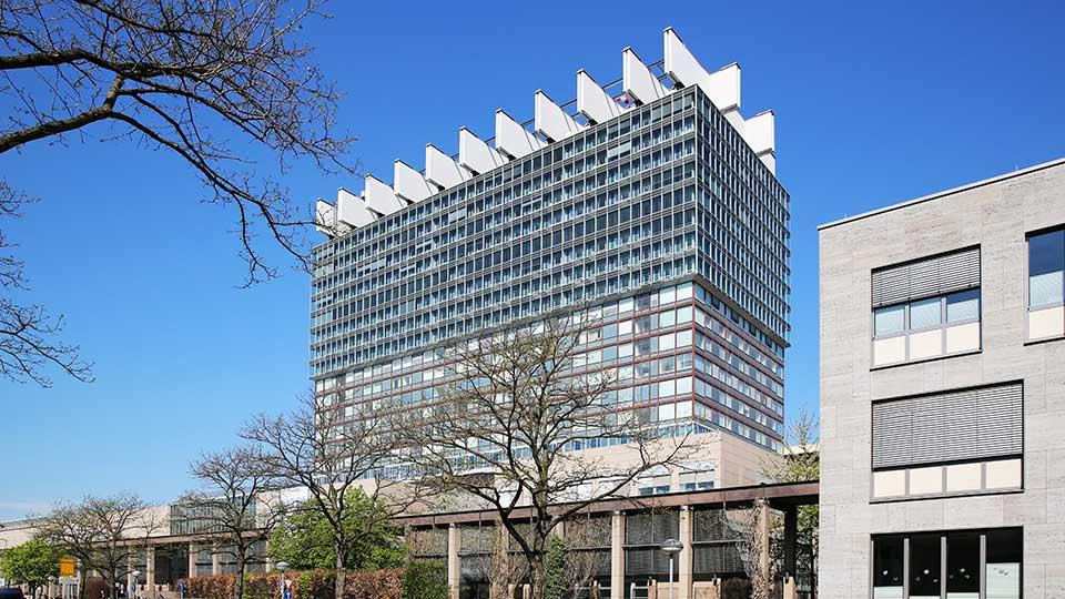Klinikum der Universität zu Köln, Bettenhaus - Anbieter vom neuen Workshop