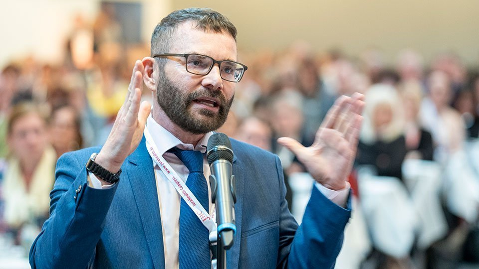 Kongresspräsident der Pflegefortbildung des Westens, Prof. Dr. Volker Großkopf